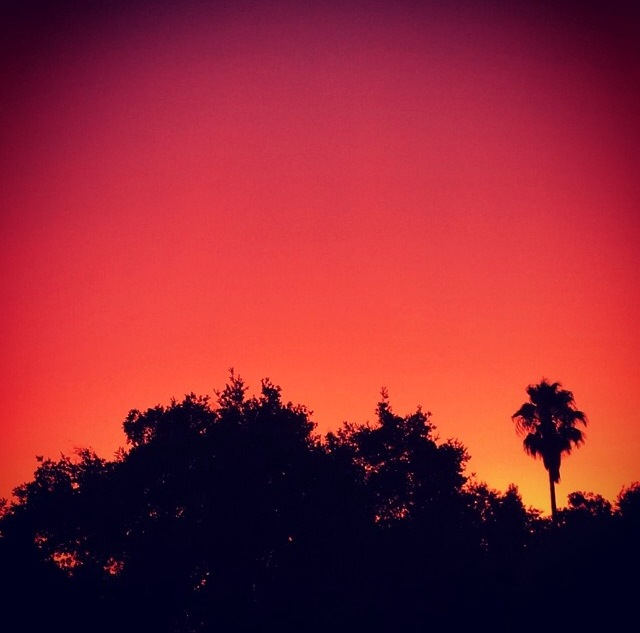 Sacramento or Hawaii? The sky was so incredibly beautiful at home.